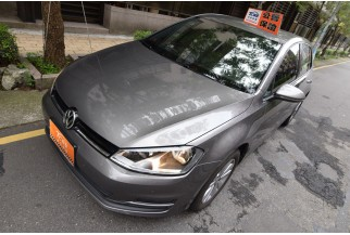 Volkswagen 福斯 Golf