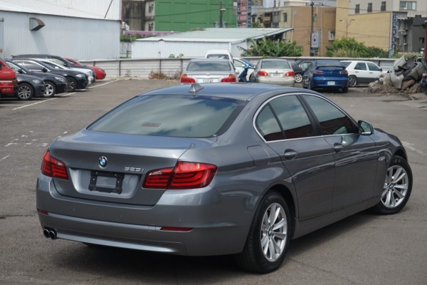 BMW/ 寶馬  5 SERIES  523i 2011年 | TCBU優質車商認證聯盟