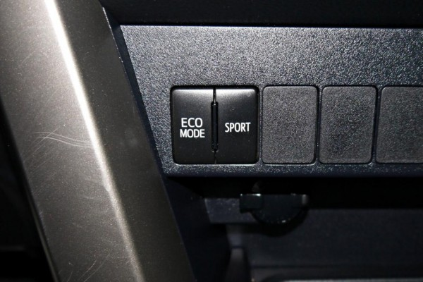 Toyota  RAV4 2014年 | TCBU優質車商認證聯盟